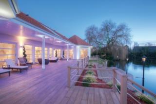 Millboard Decking Enhanced Grain Terrace